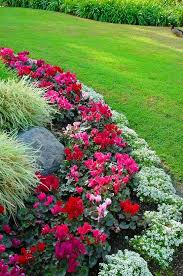 Small Picture Best 25 Flower bed borders ideas that you will like on Pinterest