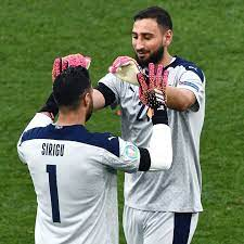 Salvatore Sirigu (official group) - Home