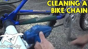 How To <b>Clean</b>, Degrease and <b>Lube</b> a <b>Bike Chain</b> - YouTube