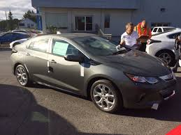 First 2016 Chevrolet Volts Arrive At Dealership...In Canada