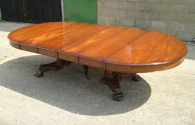 large antique round extending table large georgian manner 5ft round pedestal dining table extending to 10ft to seat 12 people comfortably