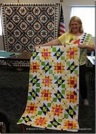 Lazy Sunday mystery quilt pattern from Bonnie Hunter | Quilt ... & Sue's Lazy Sunday in Progress at Show & Share in Peoria! - I believe this  is one of the Gems of the Prairie Quilt Club Meetings. Adamdwight.com