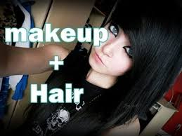 i love her hair if i ever decide to wear makeup i want it like scene