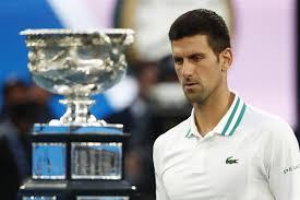 Djokovic vince gli Australian Open per la 9a volta, in finale ha battuto  Medvedev
