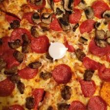 photo of round table pizza sacramento ca united states