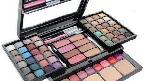 wedding make up revlon makeup kits makeup kits s at best on flipkart worlddeal4u