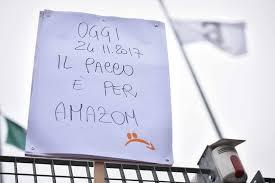 Risultati immagini per amazon black friday sciopero