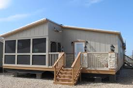 screened porch and deck available from recreational resort cottages in rockwall texas