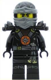 LEGO Ninjago Minifigure Cole Torso Emblem