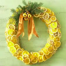new christmas orange fruit wreath idea