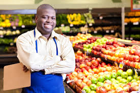 7 Questions To Ask Your Produce Manager When Shopping For Fruits And