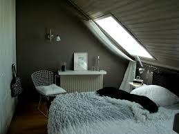 Schlafzimmer Schräge Wand Gestalten Ideen Styroporwandpaneeleklebengq