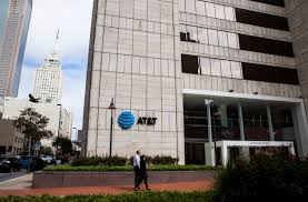 AT&T doubles down on downtown revamping Dallas HQ and adding