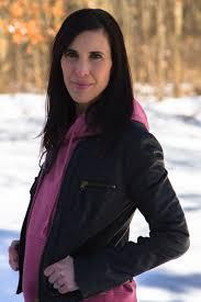 kalamazoo blogger pink hoo styled with black leather jacket 5512