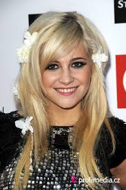 Pixie Lott Celebrity účes Happyhair