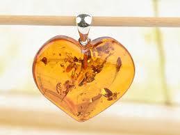 heart pendant amber ag handle 4 6g