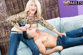 Showing Porn Images for Mature milf fucks young guy porn www.