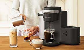 Easy to program and easy to clean, this small coffee maker offers a great value and is a more than worthy alternative to the best keurig coffee makers. Best Keurig Coffee Maker Mar 2021