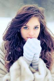 winter hairstyles to wear when it s snowing