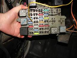 1998 audi a8 fuse box location tractor repair wiring diagram car battery 2003 audi tt engine diagram in addition mack truck sensor locations as well wiring