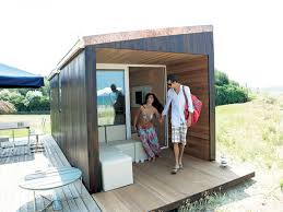 ... Contemoprary Small House Constructed From Wood And Glass Materials ...