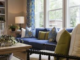 the do s and don ts of decorating living rooms