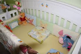 themed winnie the pooh crib bedding