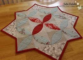 Best 25+ Table topper patterns ideas on Pinterest | Quilt table ... & Winter Seeds Table Topper - Free Quilting Tutorial + How to Fast-Piece  Appliqué Adamdwight.com