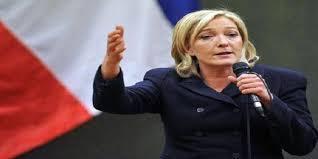 فرنسا - لوبان تطالب الحكومة بإعادة العمل بإجراءات الحدود