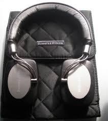 hilton lifetime diamond headphones
