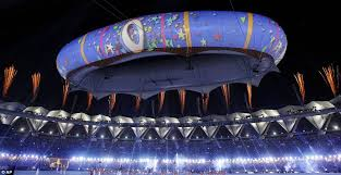 commonwealth games s closing ceremony is a spectacular  pyrotechnic send off aerostat perform during the closing ceremony for the 19th commonwealth games
