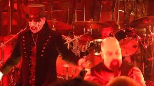 watch slayer s kerry king join king diamond for mercyful fate s evil live at mayhem fest