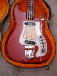 the official hagstrom bass club page 19 talkbass com single string saddles were installed so it could have the intonation set for alternate tunings the electronics deteriorated so it has the pups wired in