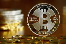 Bitcoin auf Rekordhoch über 33.000 US-Dollar: Kryptowährung Kursrally -  manager magazin