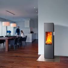 Wood-burning fireplace / contemporary / closed hearth / free-standing -  ART-15
