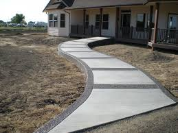Trad front walk with agg borders