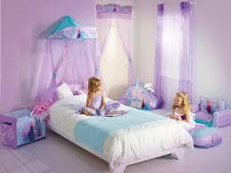 Worlds Apart builds Disney offering with Frozen bedroom accessories