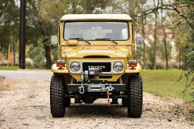 Explore Parts Unknown With This Drool-Worthy Land Cruiser For Sale ...