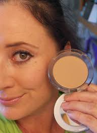 pur minerals 4 in 1 pressed mineral makeup photo 1