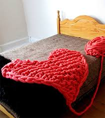 free knitting pattern for arm knit heart rug or afghan