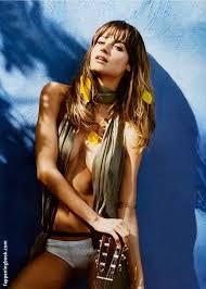 Ariadne Artiles Nude