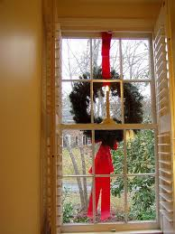hanging wreaths on exterior windows