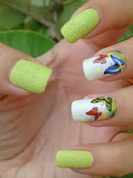 How to Apply Water Slide Decals for Easy Nail Art | Bellatory