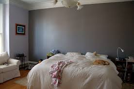 Bedroom:Cool Bedroom Design With Grey Accent Wall And White Bedroom Chair  Decor Ideas Cool