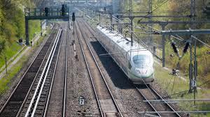 Jun 08, 2021 · die tarifverhandlungen sind gescheitert, der arbeitskampf beschlossene sache: Bahn Streik Zum Sommeranfang Zeichnet Sich Ab Br24