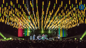 scott holthaus and leif dixon lighting and stage design for the red hot chili peppers 2016 tour