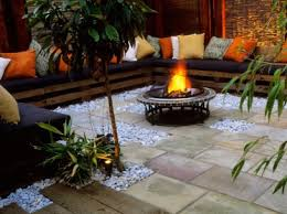 50 Best Outdoor Fire Pit Design Ideas For 2017Backyard Fire Pit Area
