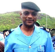 <b>...</b> à leur tête, le Lieutenant Colonel <b>Adama Sidibé</b>, ont mis la main sur 310 <b>...</b> - 4da527f2