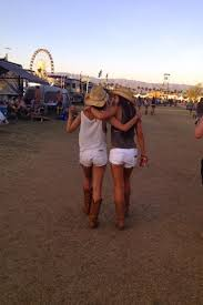 Pin by Ashley Griep on Road Trip! | Country girls, Best friend photos, Best  friend pictures