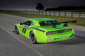 Automotiveblogz: 2014 Dodge Challenger SRT Trans Am Photos